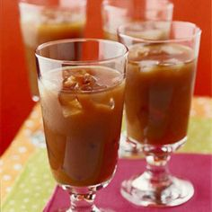 Make your own iced mochas at home! Get the recipe: http://www.recipe.com/iced-mocha/?socsrc=recpin061212icedmocha