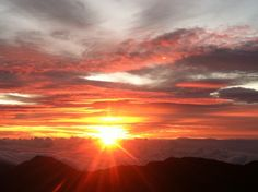 Sunrise at Haleakalā summit