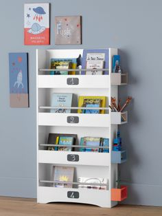 Little boy 39 s room on pinterest baby bedroom armoires - Bibliotheque chambre enfant ...
