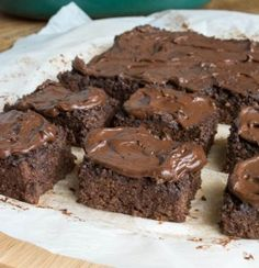 Instead of making your classic brownie recipe, try making things a little healthier with these Sugar-Free Chocolate Quinoa Brownies. This healthy brownies recipe will allow you to indulge in a sweet treat without the guilt!