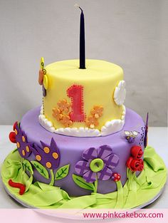 1st Birthday Flower Cake