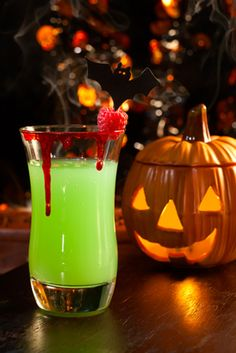 An eerie Slush Drink recipe for your kids' Halloween party!