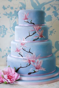 hand, flower cakes, painted flowers, blue cakes, wedding cakes, something blue, blue weddings, painted cakes, blossom
