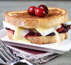 Cranberry Brie Grill
