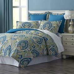 Royal Peacock Bedding