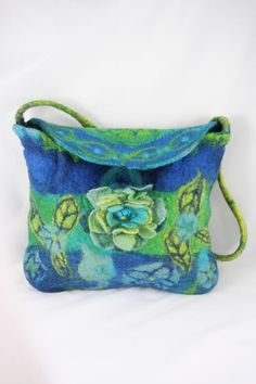 Seamless Felted Purse Bag - Blue Green Felted Flower  WOW! and what a lot of BEAUTIFUL work! froufroufelt at etsy