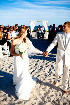 Beach ceremony #NicoleMillerBridal #Caperesortsweddings