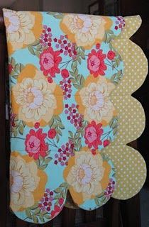 What a great simple scallop edge baby quilt tutorial.