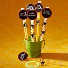Spooky Spider Glow Sticks--cute class treat idea!!