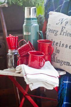 Farmhouse Christmas Decor Hot Chocolate anyone? www.cedarhillfarmhouse.com