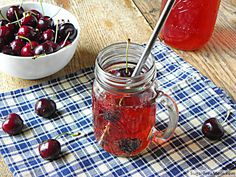 Healthier Low Sugar Shirley Temples #clean #healthy #nosugaradded Perfect for 4th of July for the kids!