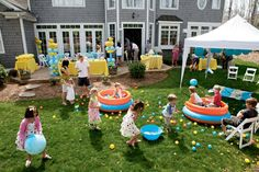 Rubber Ducky pool parties, rubber ducky party, birthday parties, duck party, outdoor parties, first birthdays, themed parties, birthday ideas, rubber ducks