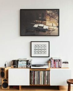 AphroChic: Put Your Favorite LPs on Display