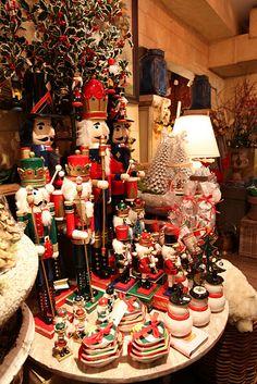 wonder time, christma decor, christma nutcrack
