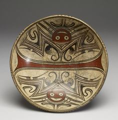 """Pedestal Dish - Binary opposition is a central precept of ancient Panamanian cosmology, which viewed the cosmos as the pairing of opposites: male-female, light-dark, spirit world-natural world. This is at the Walters Art Museum in the special exhibition """"Exploring Art of the Ancient Americas: The John Bourne Collection Gift."""" art.thewalters.org"""