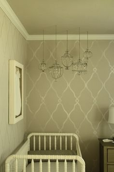 Love the wall pattern