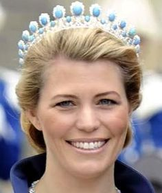 Princess Kelly of Saxe-Coburg and Gotha wearing a Turquoise Tiara that belonged to her husband's great-grandmother.