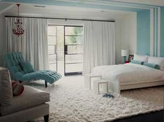 interesting paint treatment  white-blue-interior-design