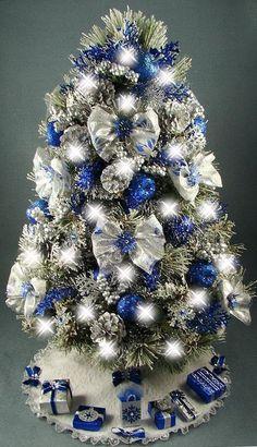 Beautiful table top Christmas tree!