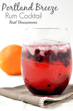 Portland Breeze | Real Housemoms | The berries make this a favorite summer cocktail!