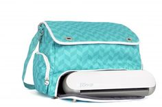 I NEED this teal tote for my Silhouette Portrait #wishlist