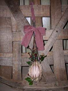 Free Primitive, Country and Rustic Craft Instructions and Projects, Primitive Egg Beater