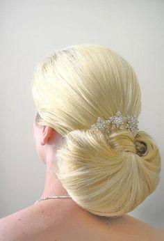 Bruidskapsel knot www.zennabruidsstyling.nl