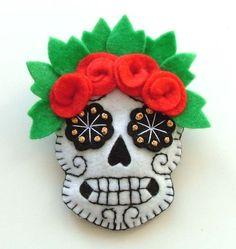 DIA DE LOS MUERTOS/DAY OF THE DEAD~ Skull Rockabilly Brooch