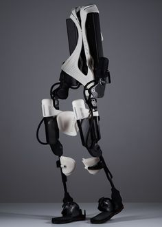 Watch Amanda Boxtel walk again with first 3D printed hybrid exoskeleton