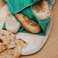 Homemade Naan Bread Recipe Ideas - Healthy & Easy Recipes