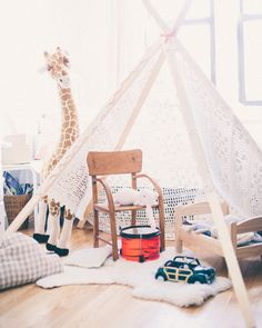 A CUP OF JO: DIY teepee for a child