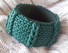 Braccialetto effetto maglia // Knitting-effect bracelet - di Brilvia via it.dawanda.com