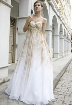 Rustic Wedding Dress #Rustic #wedding #ideas … Wedding ideas for brides, grooms, parents & planners https://itunes.apple.com/us/app/the-gold-wedding-planner/id498112599?ls=1=8 … plus how to organise an entire wedding, without overspending. More wedding ideas http://pinterest.com/groomsandbrides/boards/ ♥ The Gold Wedding Planner iPhone #App ♥ #wedding #ceremony #reception #rustic #country #bride #bridesmaids #groom #invitations #bouquets #dresses #rings #tables #cake #favors