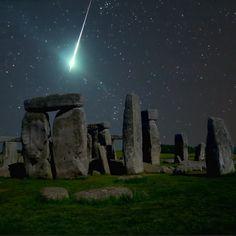 comet-henge