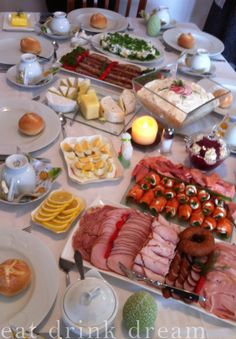 Śniadanie wielkanocne // Polish Easter feasting #breakfast #easter #wielkanoc