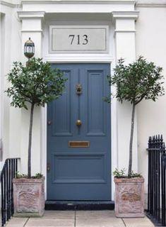 Blue front door :)