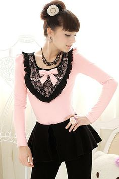 Scoop Neck Lace Front Puff Sleeve T-shirt