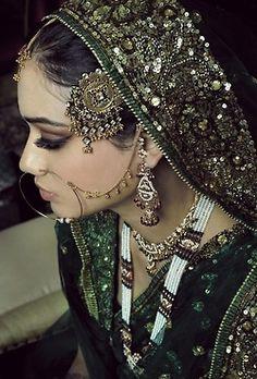 Indian Bridal Makeup (Source: Tanishq Jewellery) @ http://www.ModernRani.com