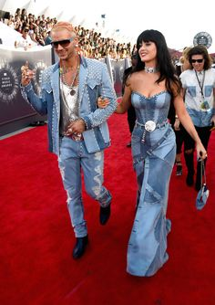 MISS- Been there and Done that-- way better Riff Raff and Katy Perry | All The Looks From The VMAs Red Carpet