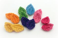Colorful #crochet leaves free pattern from Mamachee