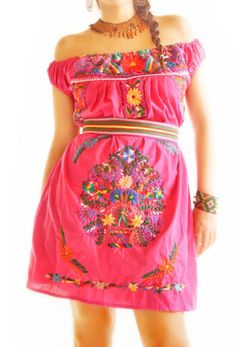 Pretty in Pink Mexico style. Love it.
