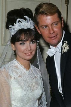 Troy Donahue and Suzanne Pleshette ~ a brief marriage but a real love story ~ check them out in movie ROME ADVENTURE...