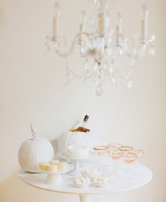 All White Chic Halloween Party #halloween #diy