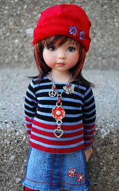 Dianna Effner-I love how this doll is dressed