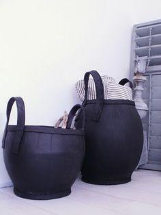 recycled rubber baskets by Household Hardware www.keetenkoter.nl