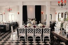 Love this black & white reception!