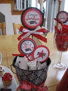 Homemade Graduation Party Decoration Ideas | Google Image Result for img3.etsystatic.c...