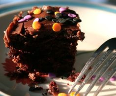 Really good vegan chocolate cake. Skipped the glaze and made with Chef Chloe's coconut frosting: http://chefchloe.com/index.php?option=com_k2&view=item&id=84%3Afluffy-coconut-cupcakes&Itemid=14&tmpl=component&print=1.