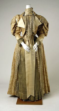 "Dress, ca 1894-94.""Ernest Raudnitz/23 Rue Louis-le-Grand, 23/Paris"""