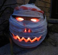 Mummy Pumpkin Carving #halloween #mummy #spooky #scary